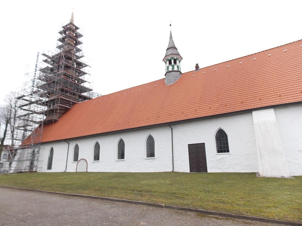 Hennstedt St. Secundus-Kirche