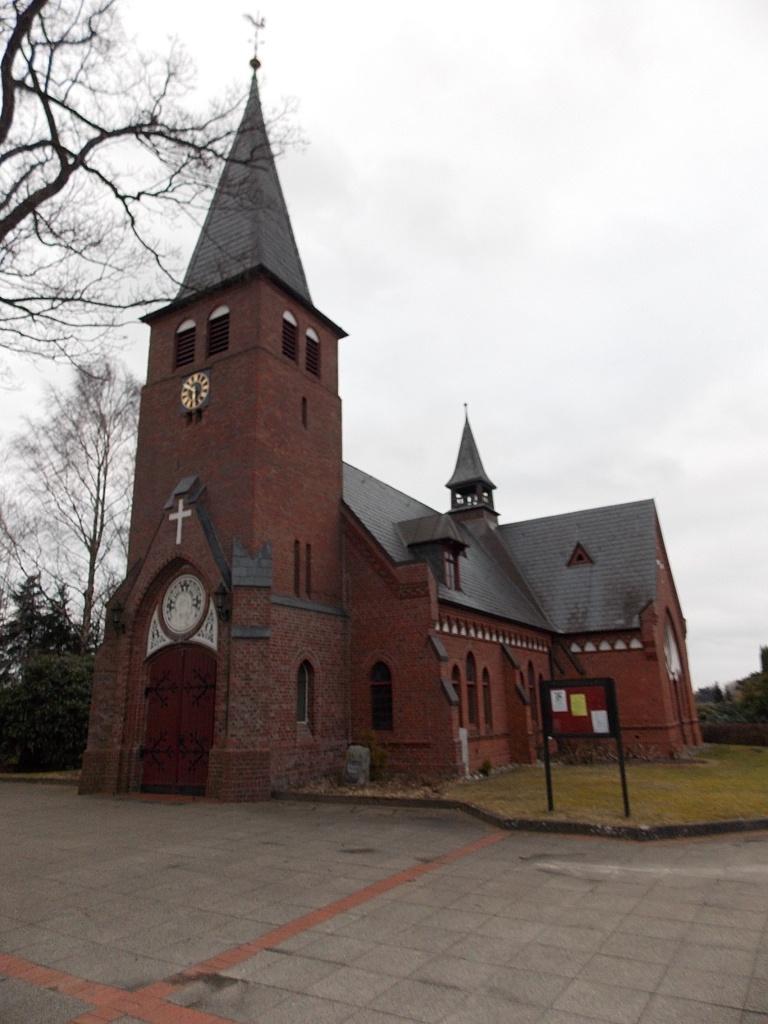Aukrug-Innien Kirche