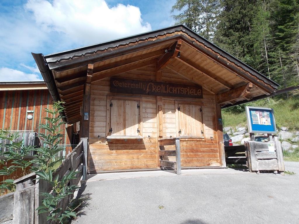 Geierwally Elbigenalp Lechweg 7