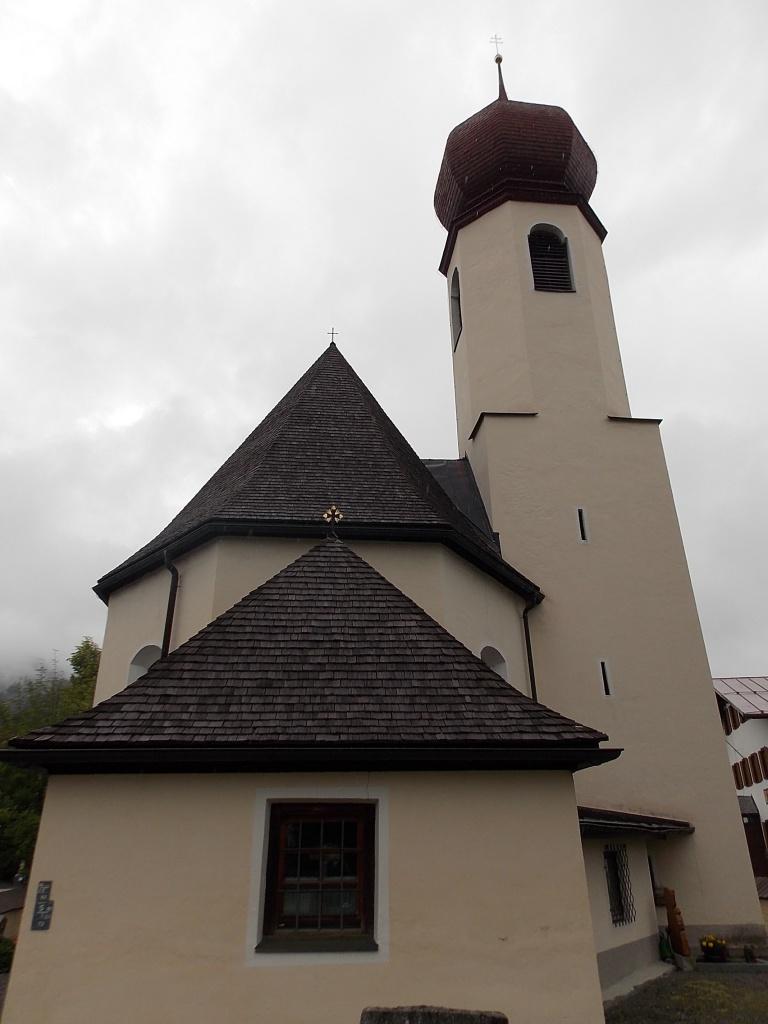 Pfarrkirche Heiliger Erzengel Michael Stanzach Lechweg 10