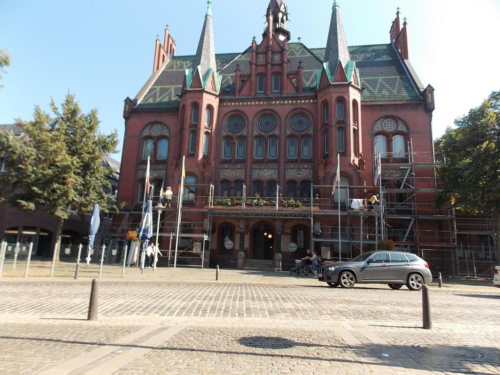 Neumünster Rathaus