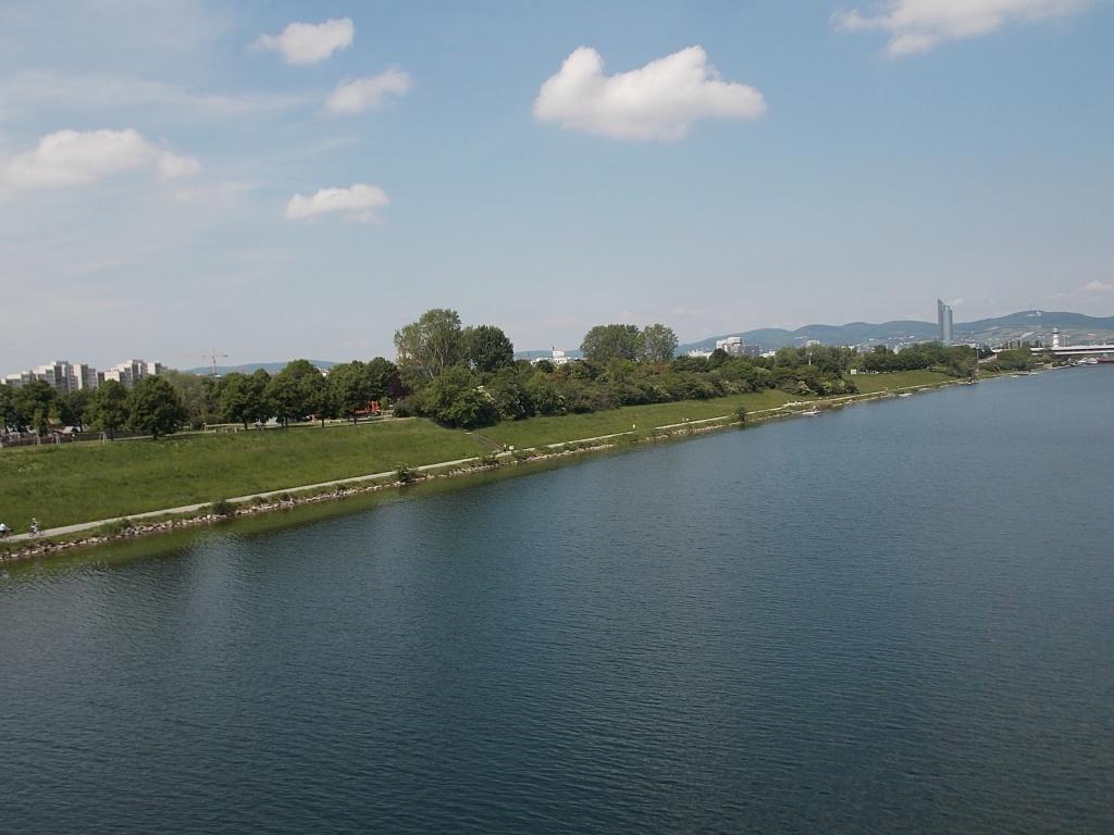 Wien, Neue Donau und Donauinsel.
