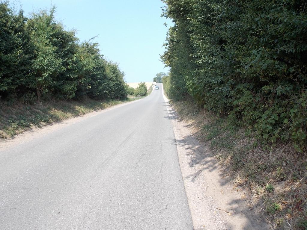 schmale Straße nach Neuteschendorf
