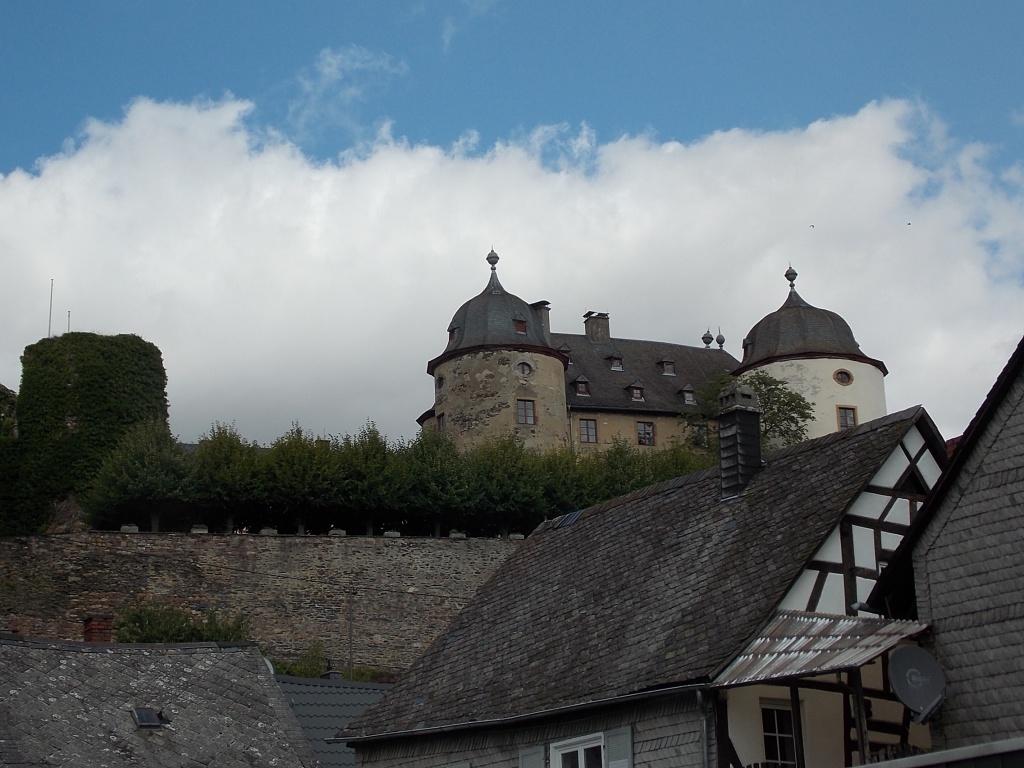 Gemünden Schloss Deutsche Alleenstrasse Etappe 5