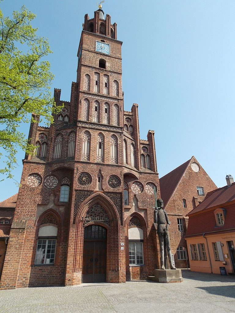 Brandenburg an der Havel Rathaus mit Roland