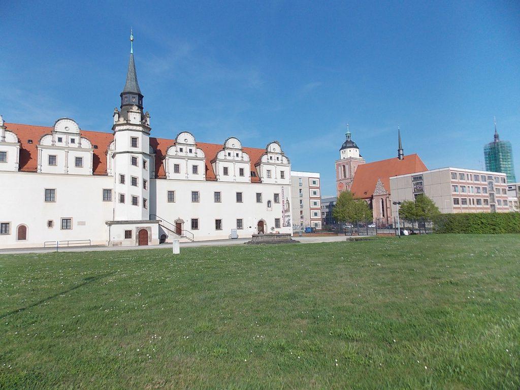 Dessau Residenschloss mit Kirch
