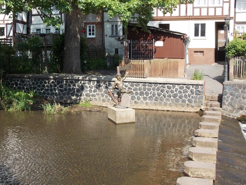 Lauterbach Schrittsteine und Strolch