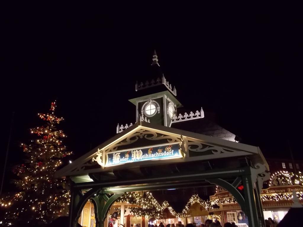Kiel Rathausplatz 2018 Weihnachtsmarkt