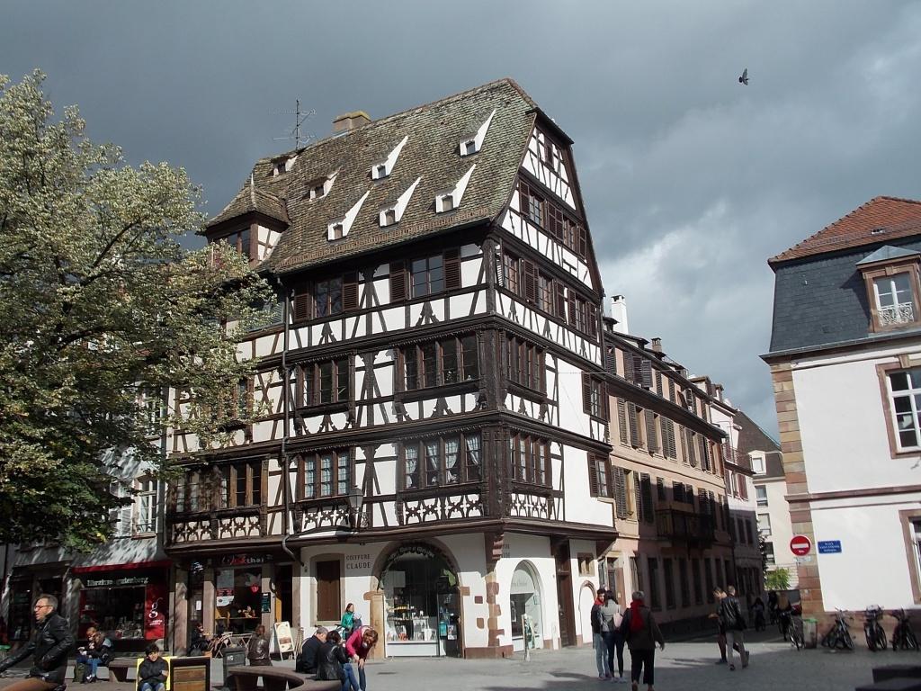 Elsass Alsace Straßburg Strasbourg Place Saint-Étienne