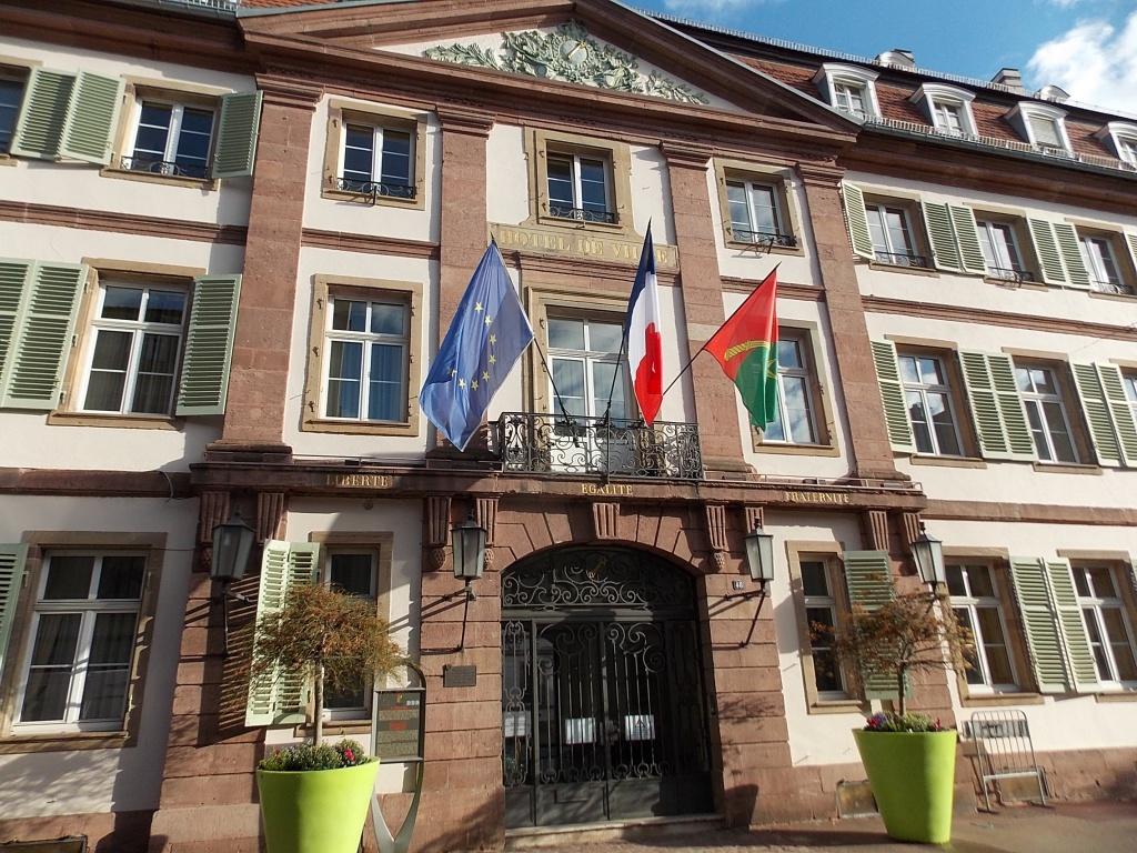 Elsass Alsace Colmar Police municipale de Colmar Place de la Mairie