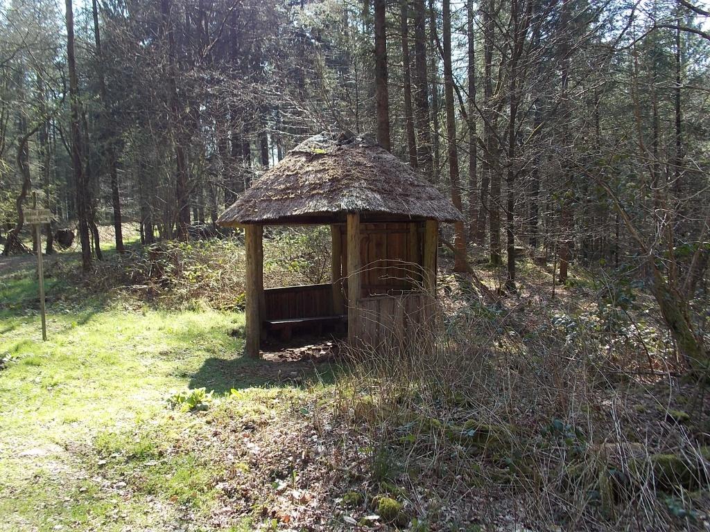 W3 Brekendorfer Forst Schutzhütte