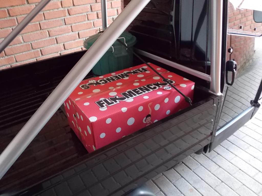 Piaggio Ape 50 Nera Flamencas Auslieferung