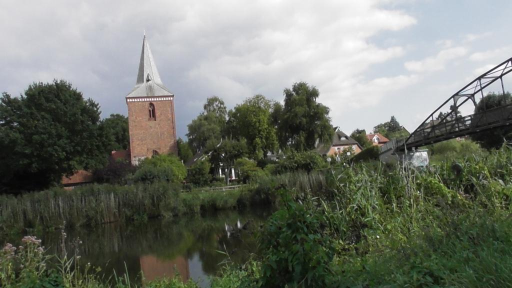 Elbe-Lübeck-Kanal Berkenthin Kirche
