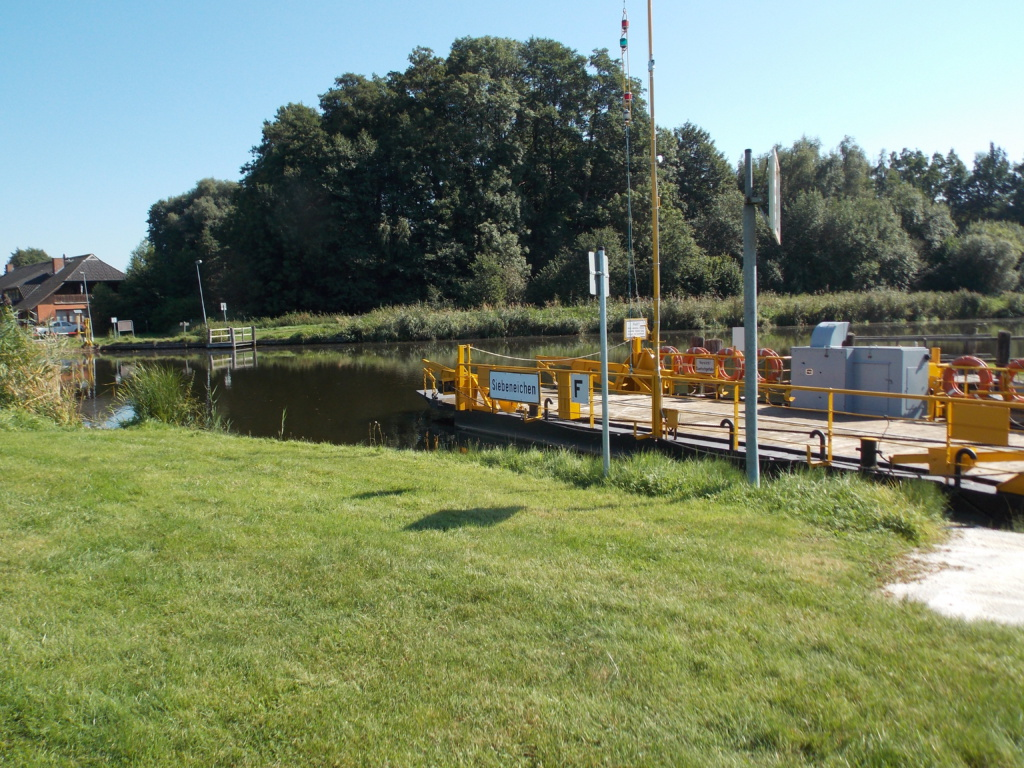 Elbe-Lübeck-Kanal Siebenbäumen