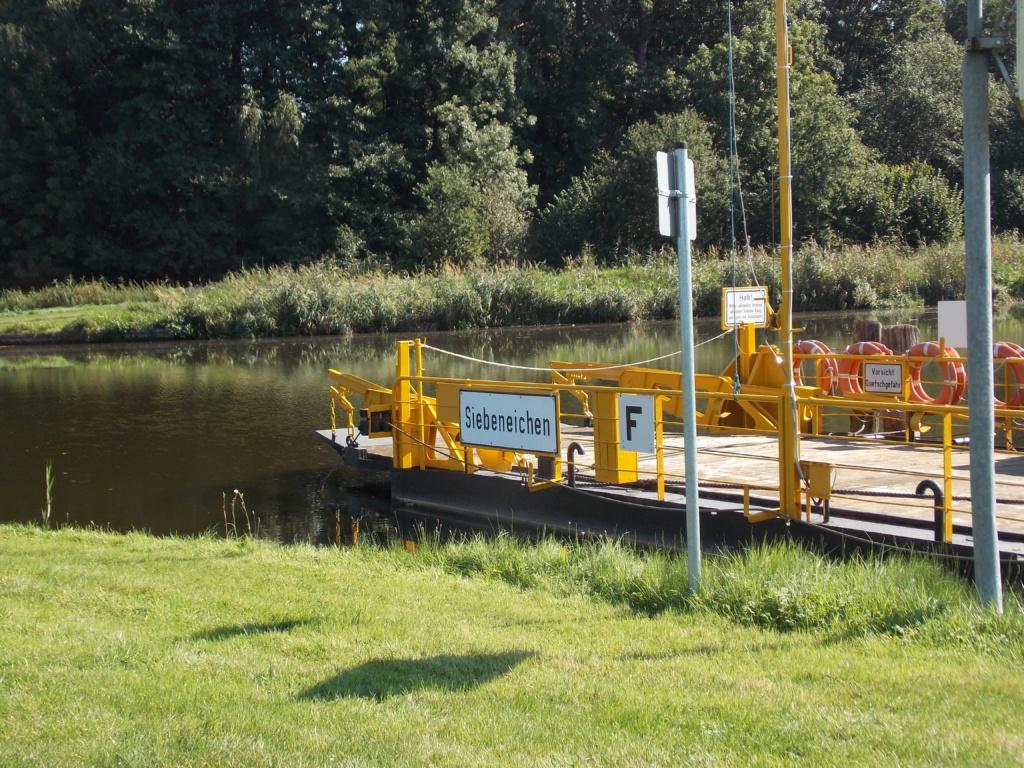 Elbe-Lübeck-Kanal Siebenbäumen Fähre