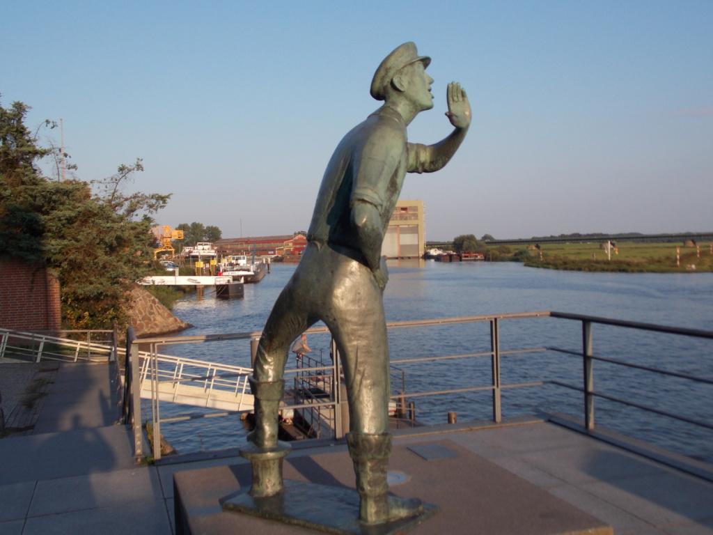 Elbe-Lübeck-Kanal Lauenburg Rufer